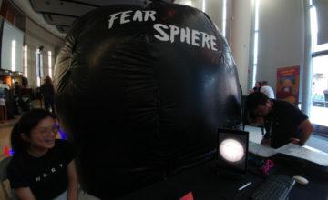 帐篷内的虚拟鬼屋:Fear Sphere 让惊悚游戏进入现实世界