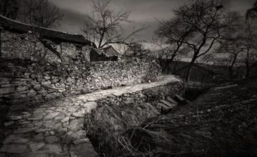 【福利】废弃荒村里的鬼事!